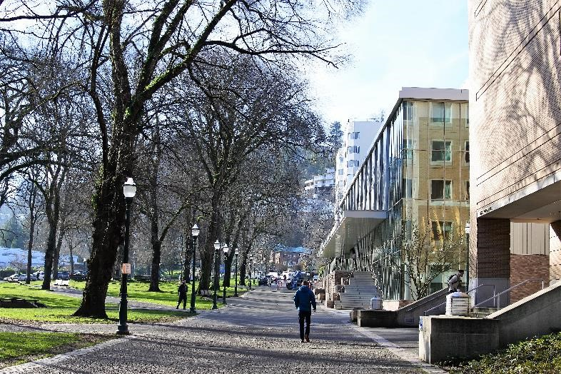 北米ポートランドオフィス、あす開設 露モスクワにも6月までに